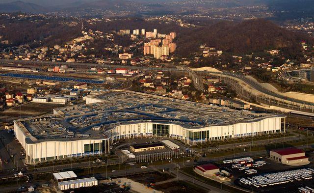 Медиа-центр - колоссальное по размерам сооружение