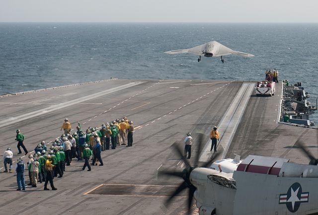 X-47B, демонстрационные запуски с авианосца