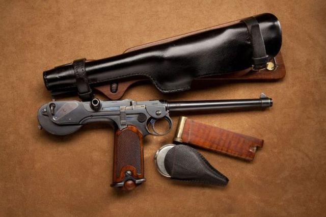 Пистолет Борхардта.