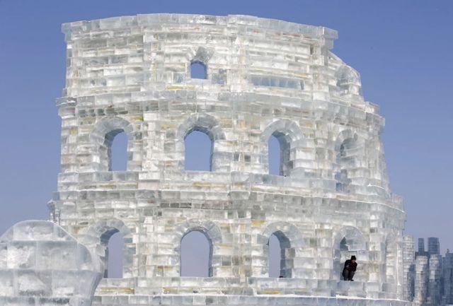 Ледяная копия Римского Колизея