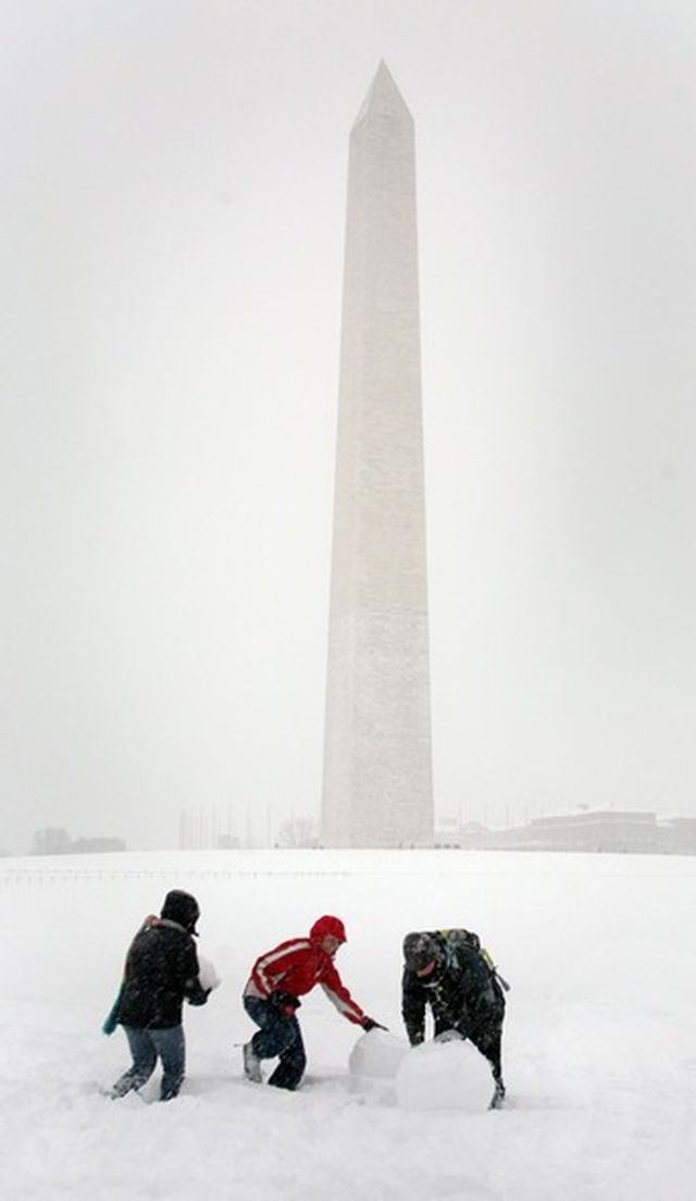 Историческая снежная буря в Вашингтоне