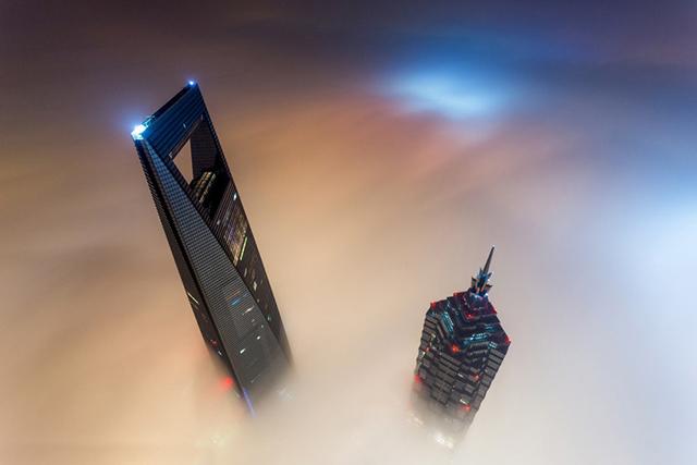 Покорение второй самой высокой башни в мире