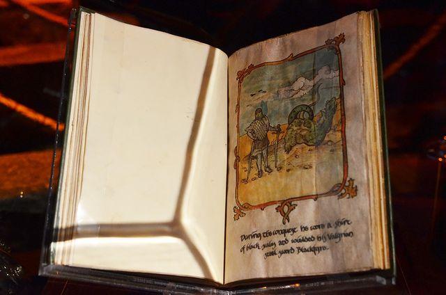 Книги, использованные в качестве реквизита в Игре Престолов