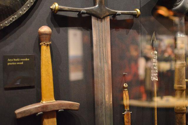Двуручный меч Дома Старков