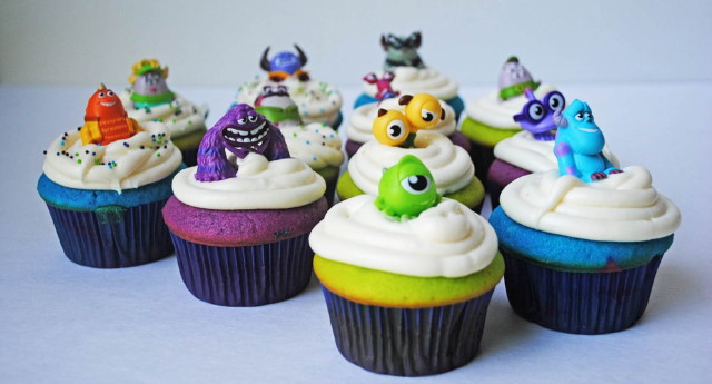 Monsters-University-Cute-Cupcakes-Wallpaper_1