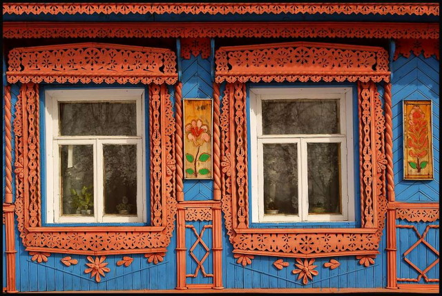 Windows_of_the_Russian_village_by_Nickdan_1