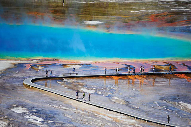 Yellowstone- Grand Prismatic Springs