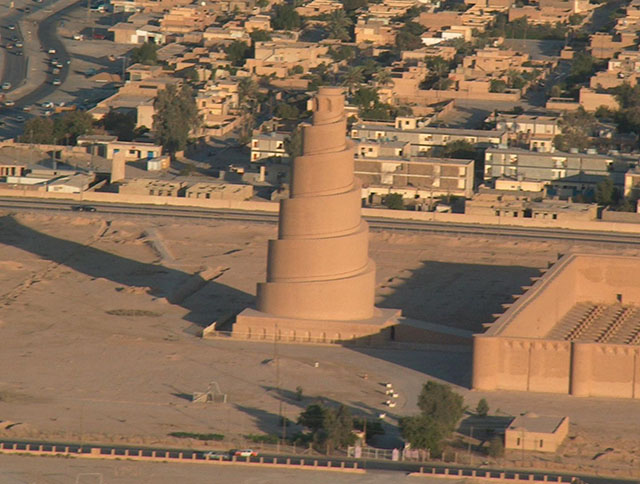 The_spiral_minaret_in_Samarra