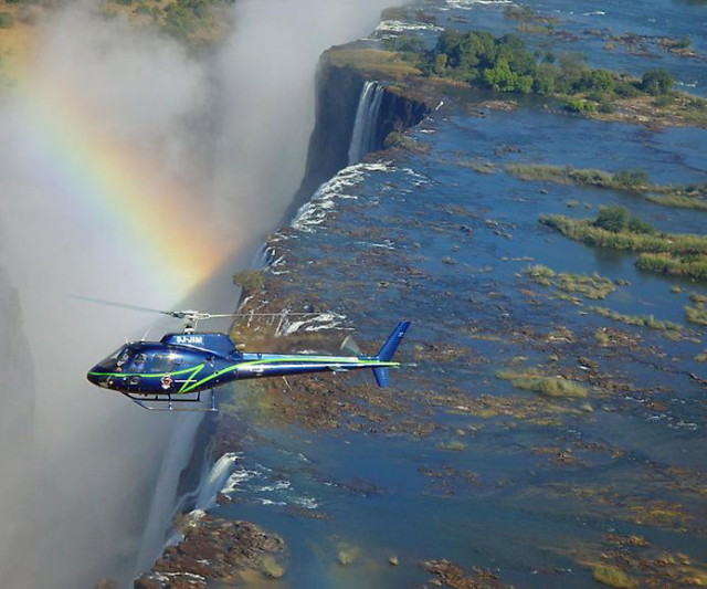 Victoria_Falls__Zimbabwe_1