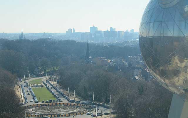 atomium-city-view