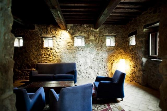 casa-bramasole-stone-walls-600x399