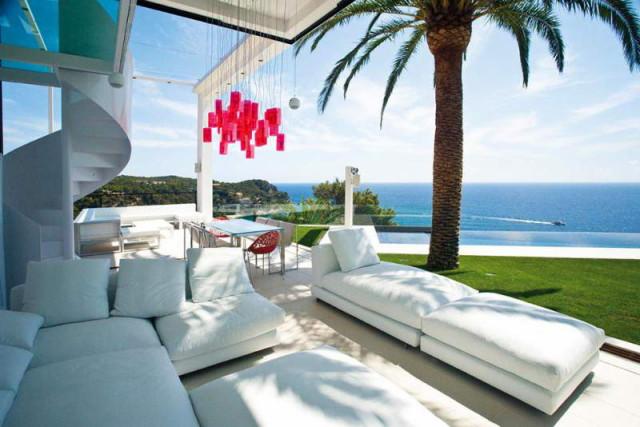 costa-brava-residence-02-800x534_1