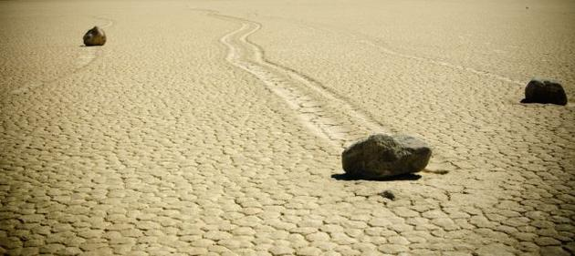 death_valley_california_sailing_stones_mojave_desert1