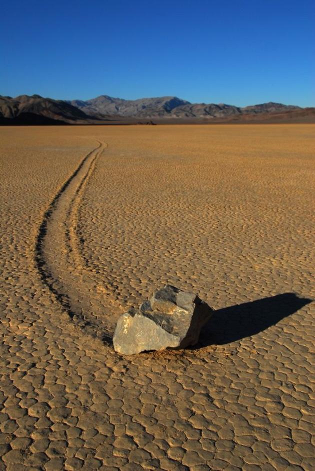 death_valley_california_sailing_stones_mojave_desert5