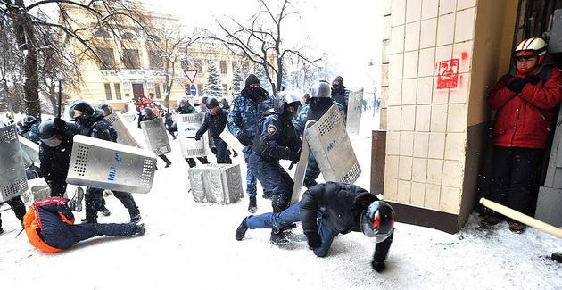 euro-maidan-ukraine-turmoil-riot18