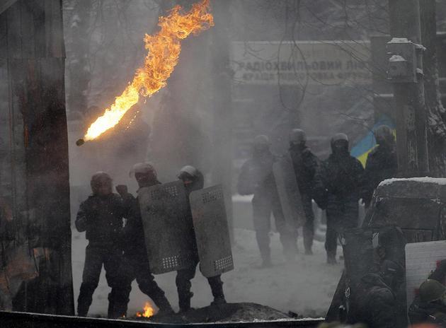 euro-maidan-ukraine-turmoil-riot23