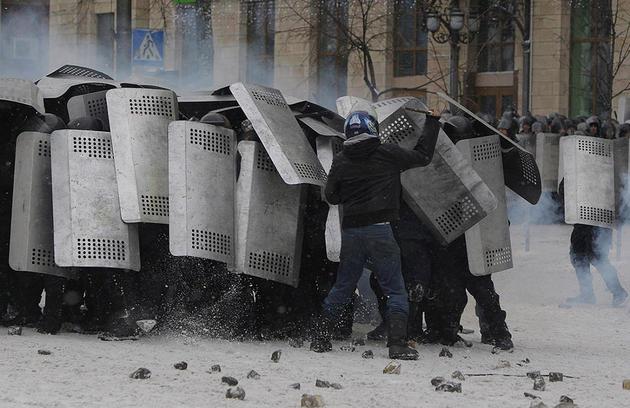 euro-maidan-ukraine-turmoil-riot4