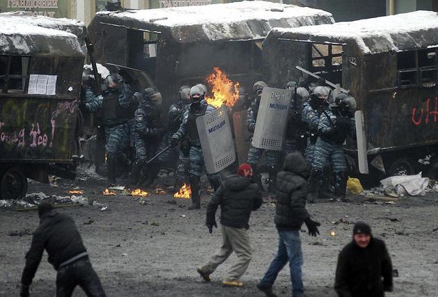 euro-maidan-ukraine-turmoil-riot8