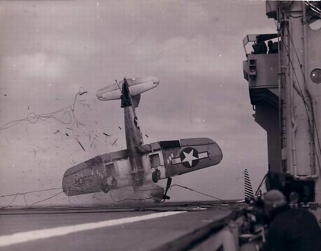 historical-photos-rare-pt2-corsair-wreck