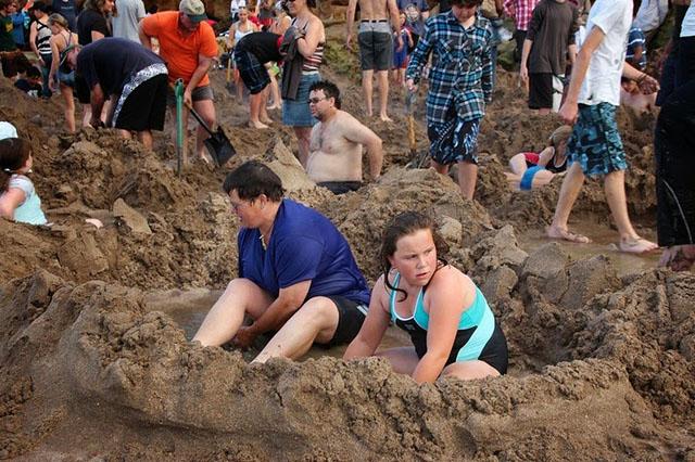 hotwater-beach-2[2]