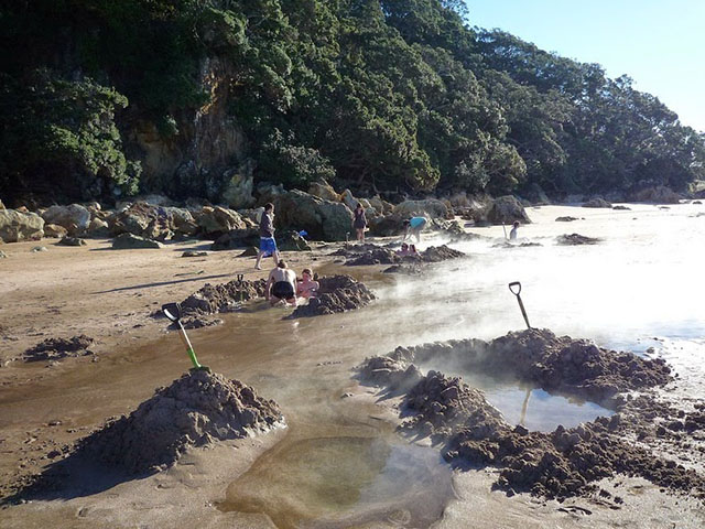 hotwater-beach-7[2]