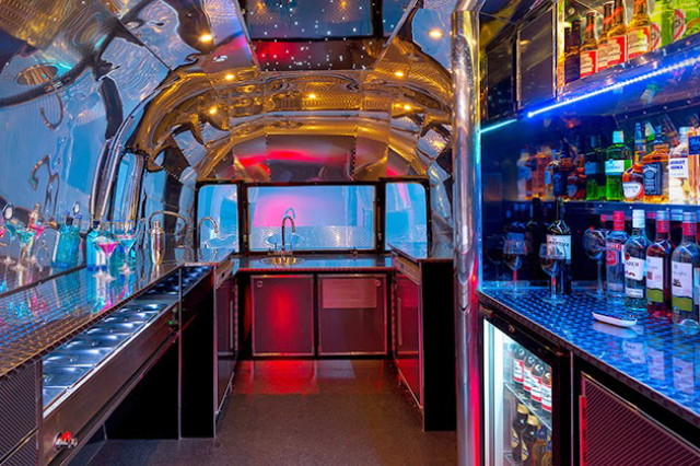 incredible-apollo-70-airstream-bar-passio4luxury-5_1