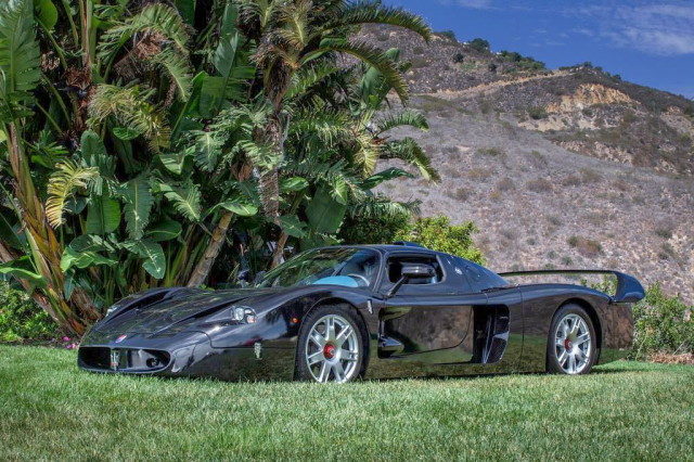 maserati-mc12-black-passion4luxury-3_1