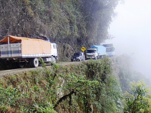 north_yungas_road_of_death_bolivia1