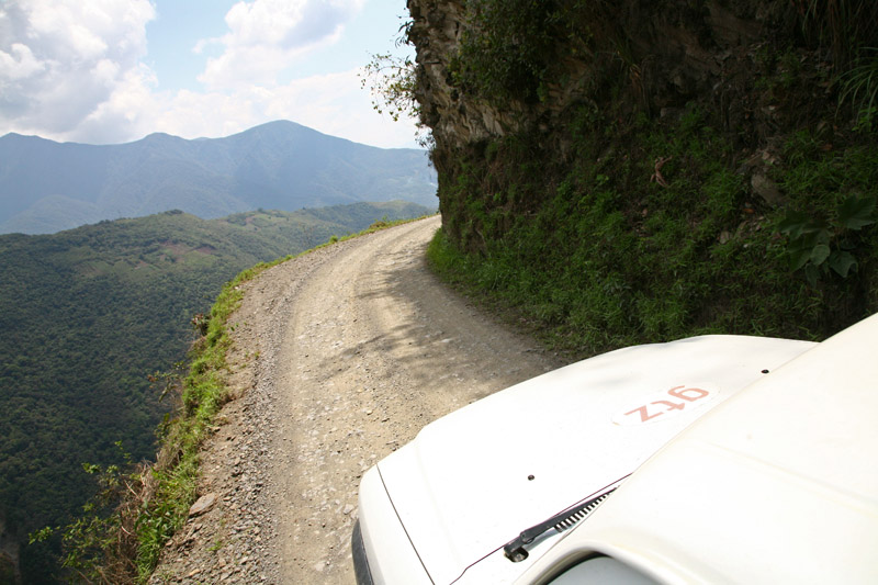 north_yungas_road_of_death_bolivia4