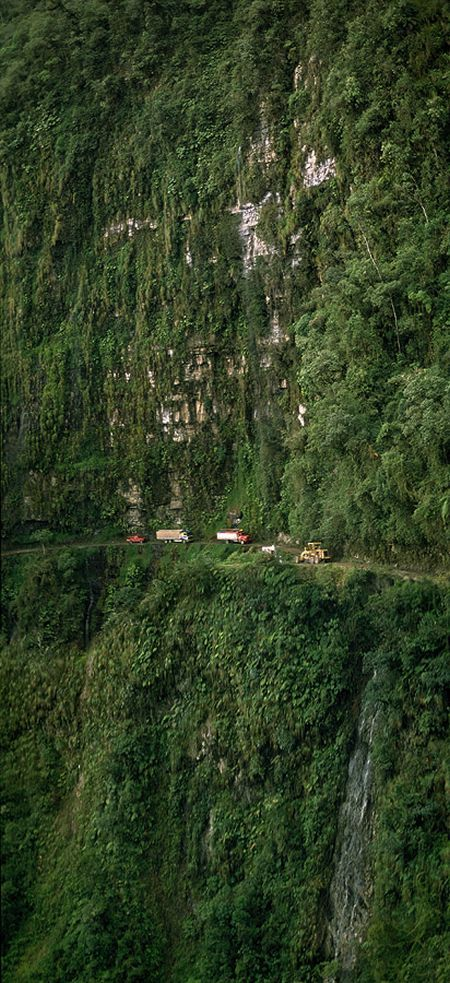 north_yungas_road_of_death_bolivia7