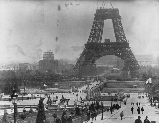 rare-photos-building-eiffel-tower