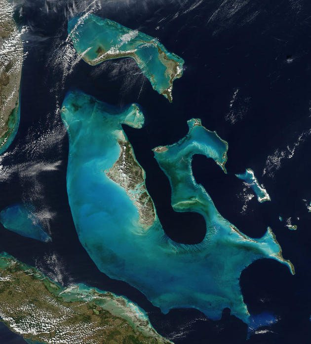 space-earth-photography-bahamas-nasa