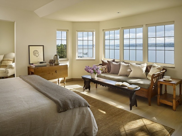 water-view-and-bedroom_1
