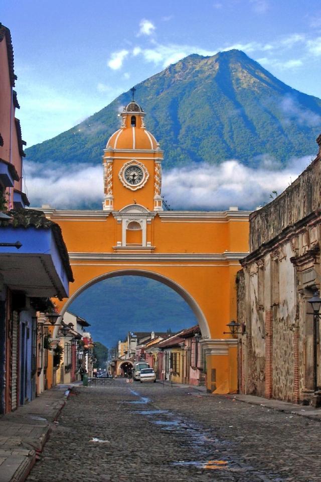 Antigua, Guatemala - July 24th, 2005