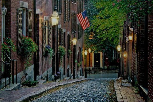 Boston_Acorn_Street (копия)_1