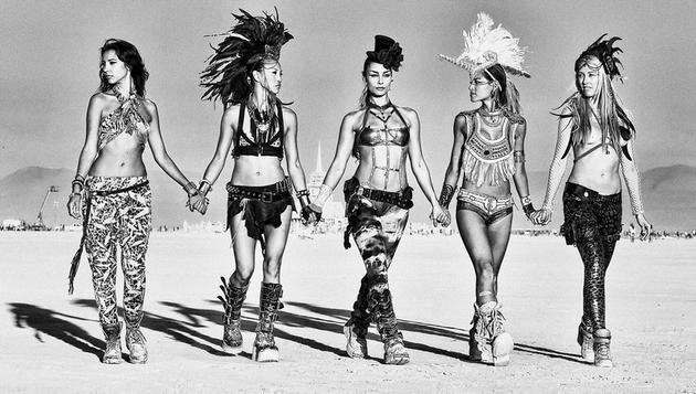 burning-man-girls