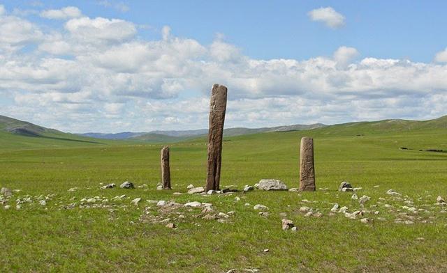 deer-stones-16