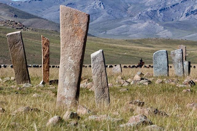 deer-stones-22