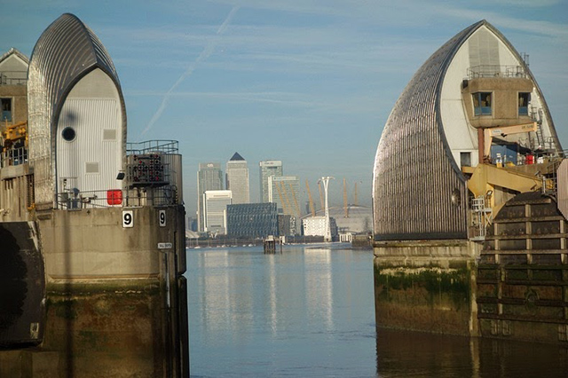 thames-barrier-3[2]