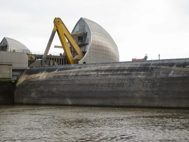 thames-barrier-5[2]