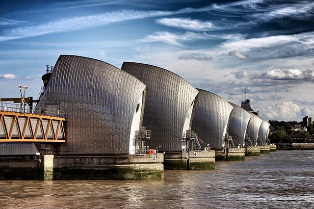 thames-barrier-7[6]