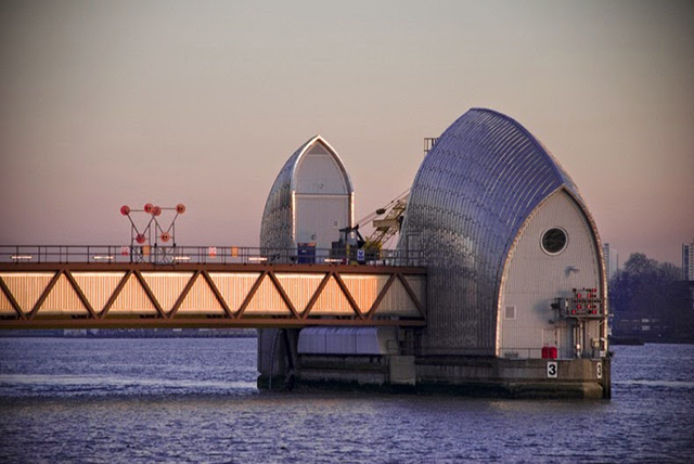 thames-barrier-8[2]