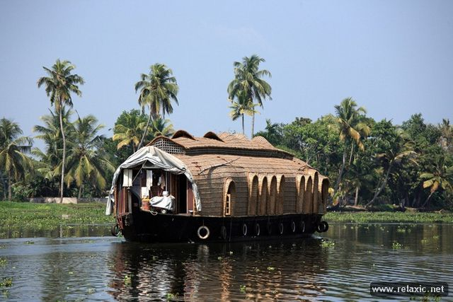 house-boat_00010