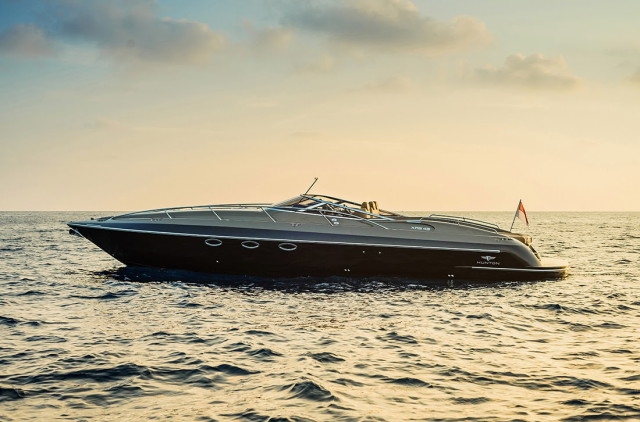 The Hunton XRS43-passion4luxury-luxury blogs-6_1