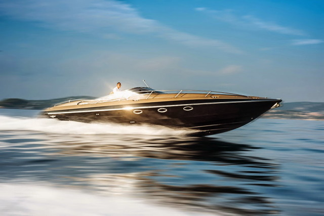 The Hunton XRS43-passion4luxury-luxury blogs-7_1