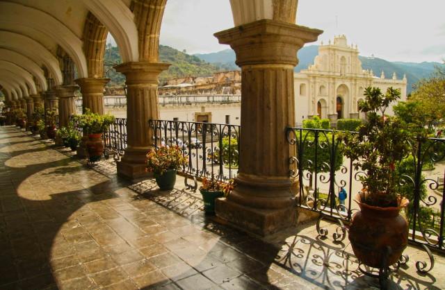 palacio-del-ayuntamiento-de-la-antigua-guatemala_1