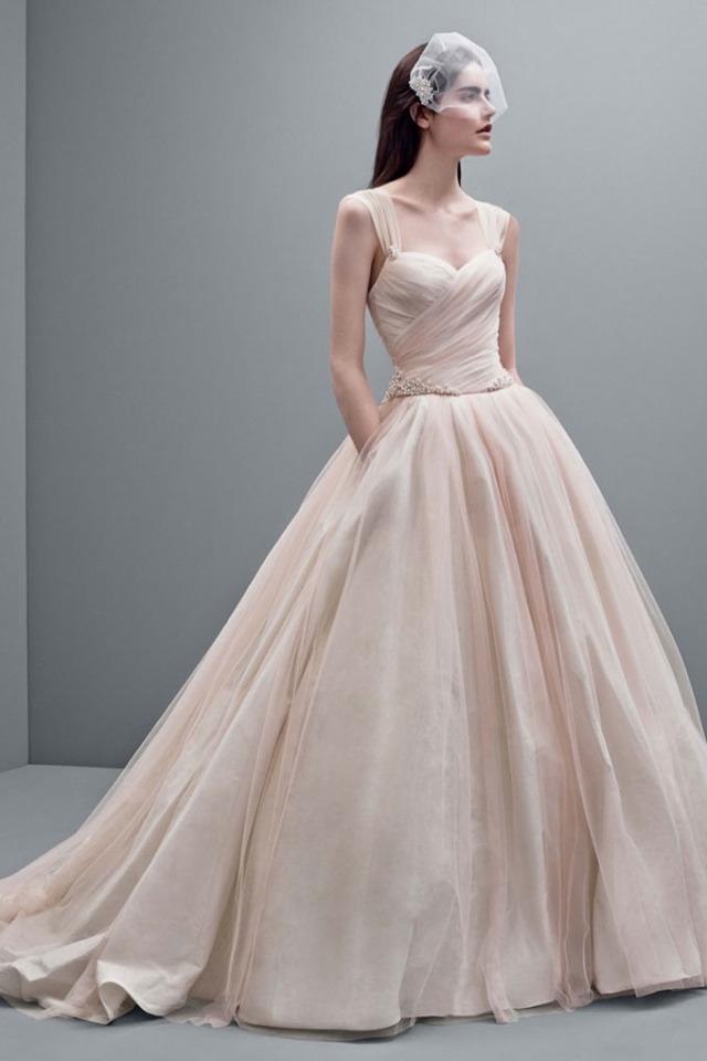 vera-wang-fall-2014-bridal-dresses4