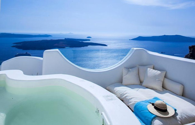 Native_Eco_Villa_Santorini_Greece_10-700x450_1