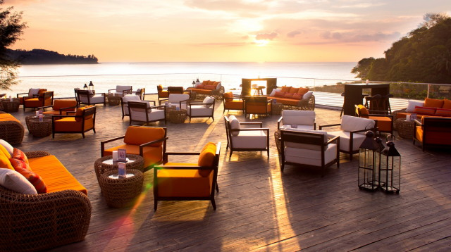 Novotel-Phuket-Kamala-Beach-On-the-Roof-bar_1