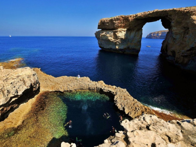 gozo_malta_diving_wallpaper-800x600_1